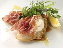 レシピ 鶏胸肉と生ハム、マスカルポーネの重ね焼き